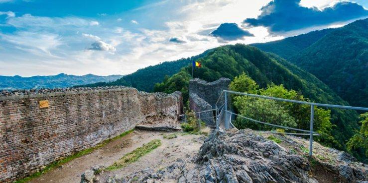 Cetatea-_Poenari-Citadel_6