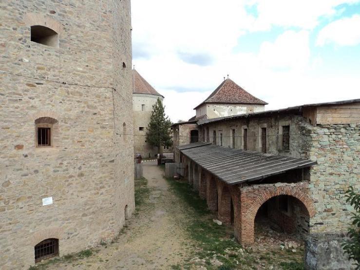 cetatea-fagarasului-5
